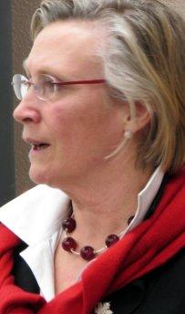 Hon. Carolyn Bennett