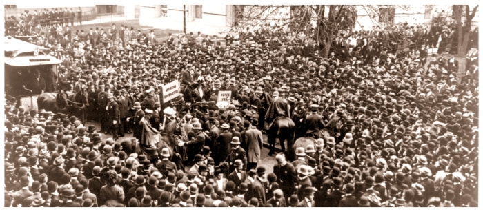Crowd to hear Suffragettes, Oct. 28, 1908